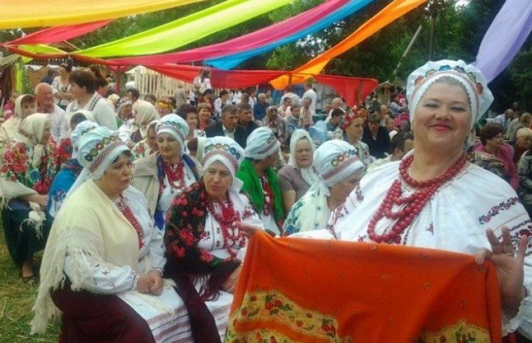 """На цьогорічному святі фольклору ім.Гната Танцюри перемогли """"Кумасі"""""""