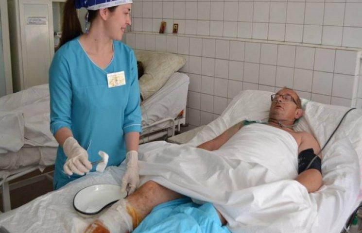 До дніпропетровської лікарні Мєчнікова поступило ще шестеро важкопоранених бійців