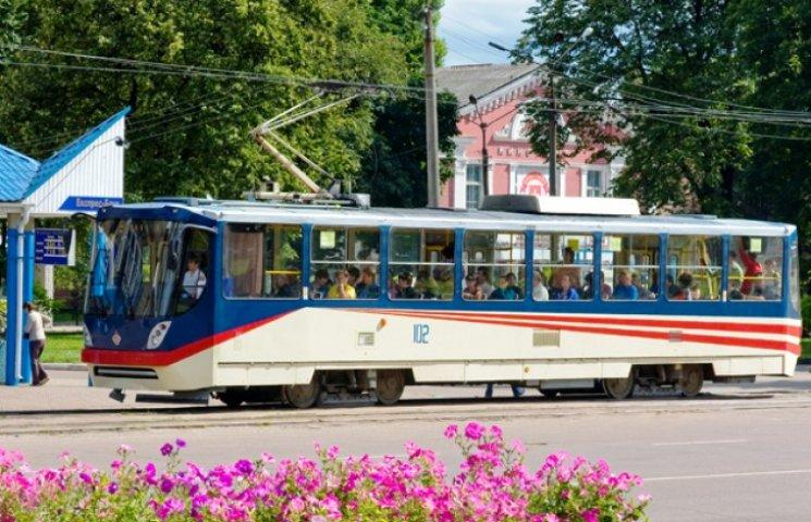 Конотопчан закликають користуватися екологічно чистим трамваєм