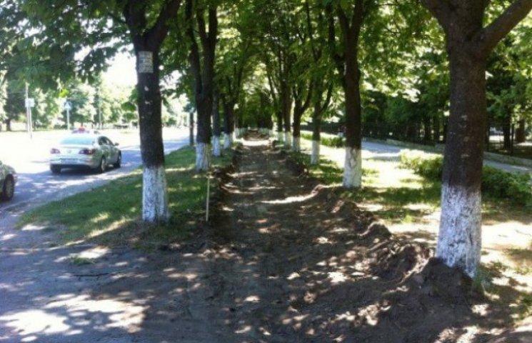 Вінницьким велосипедистам будують нову велодоріжку