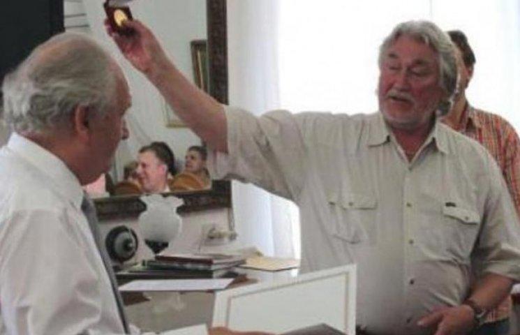 Директор Вінницького художнього музею отримав золоту медаль