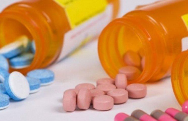 71-річна громадянка Великобританії провезла на Закарпаття наркотичні препарати