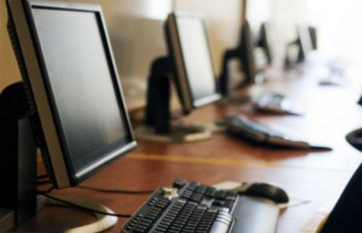 У Сумах управління освіти купить комп'ютери собі та сільським школам