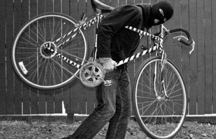 """На Сумщині юні члени """"ОПГ"""" """"штовхали"""" вкрадені велосипеди через Інтернет"""