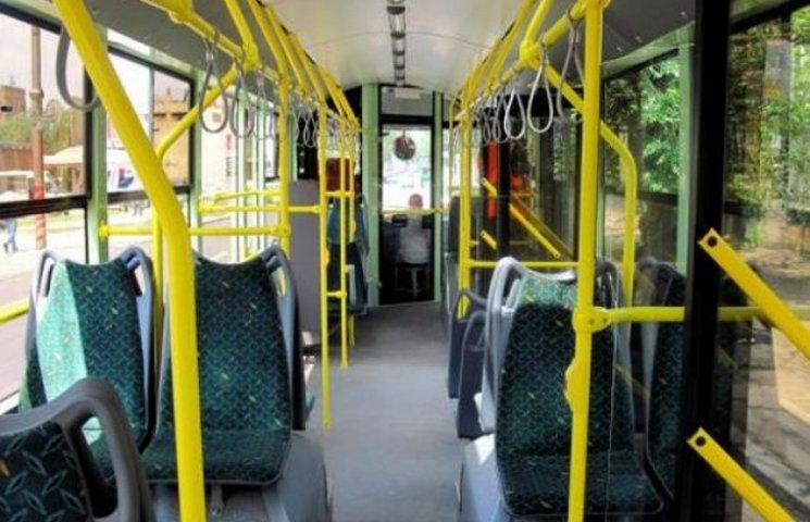 """Тролейбусний парк Хмельницького поповниться двома новими """"рогатими"""""""