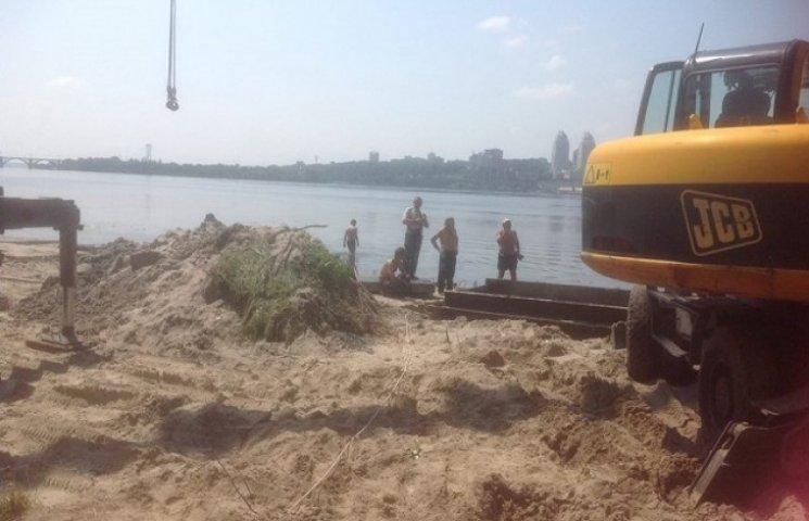 Активістка повідомила про погрози від забудовника набережної на Сонячному
