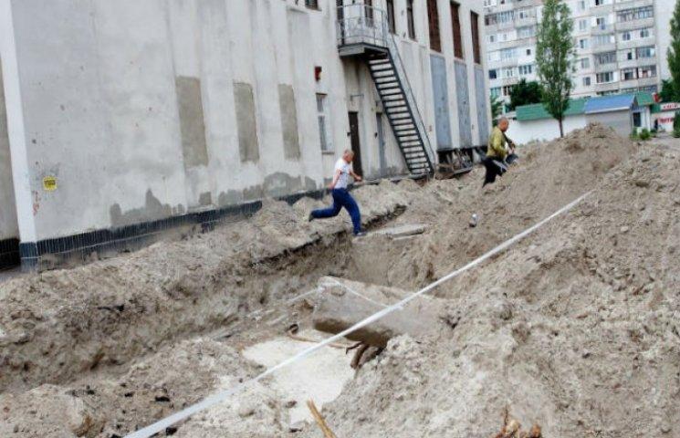 У кількох районах Сум тривають масштабні розкопки (ФОТОФАКТ)