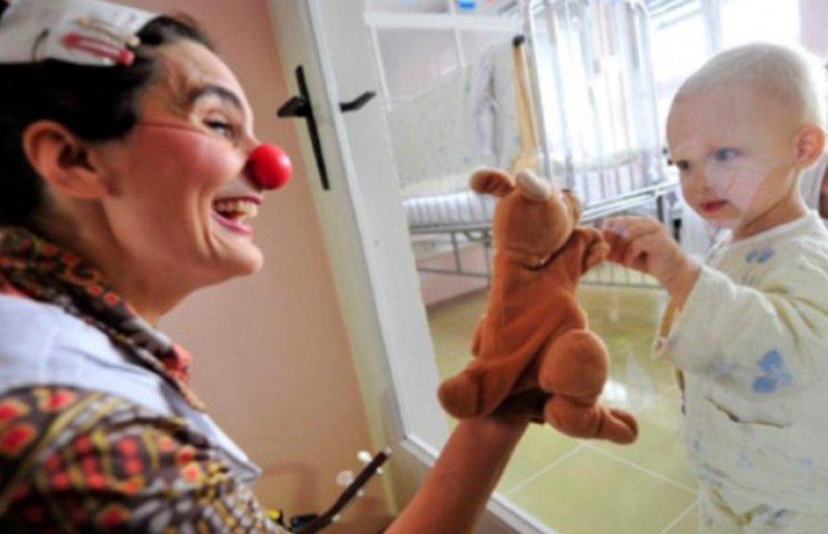 Смертельно хворим дітям з Вінниччини обіцяють полегшити останні дні життя