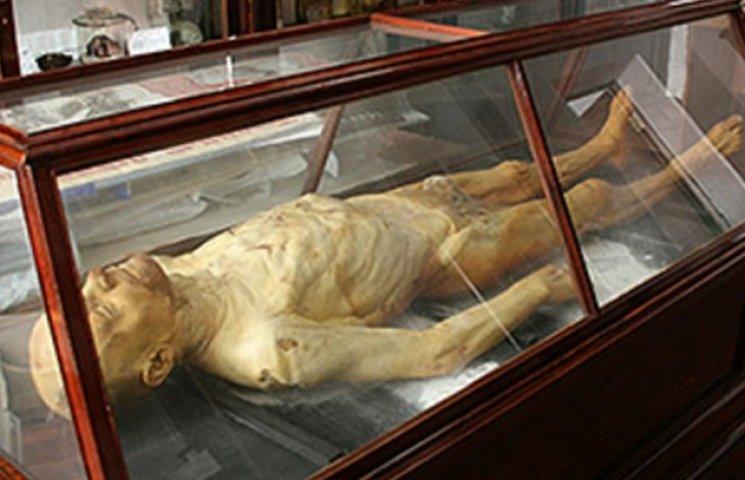 Історична байка. Сибірські пригоди мумії Ілліча