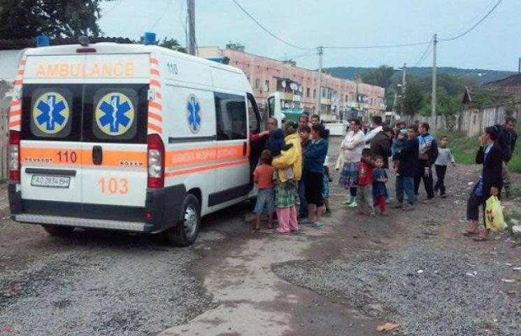 В Ужгороді лікарка відмовилася допомогти ромському хлопчику