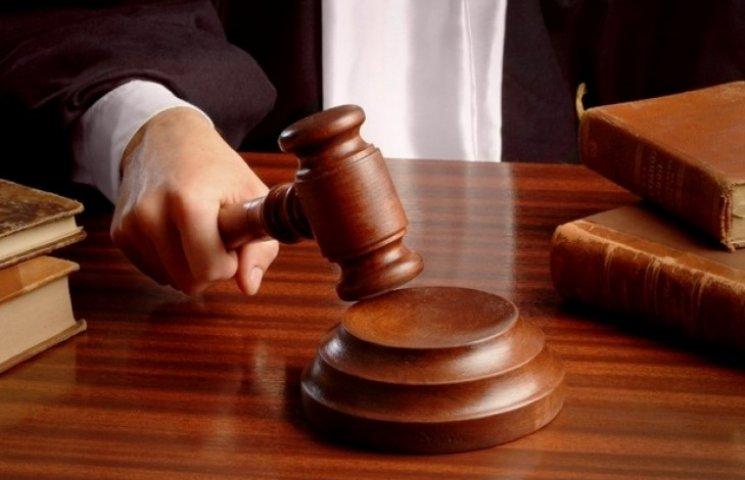 Прокуратура хоче засудити вбивцю міліціонера до довічного