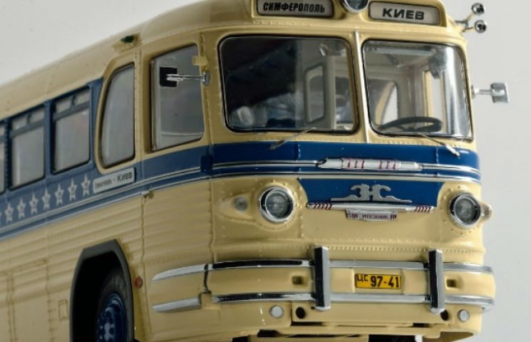 Як із Києва за ніч потрапити до анексованого Криму конспіративним автобусом