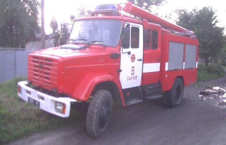 Опубліковані фото з місця смертельної пожежі в Харкові