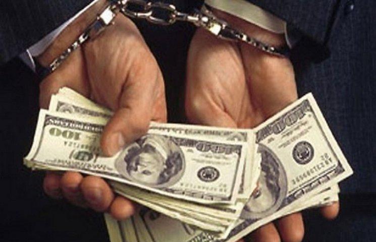 На Одещині на хабарі затримали двох поліцейських