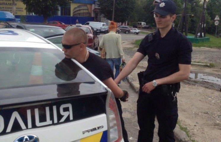 У Хмельницькому молодик намагався пограбувати церкву