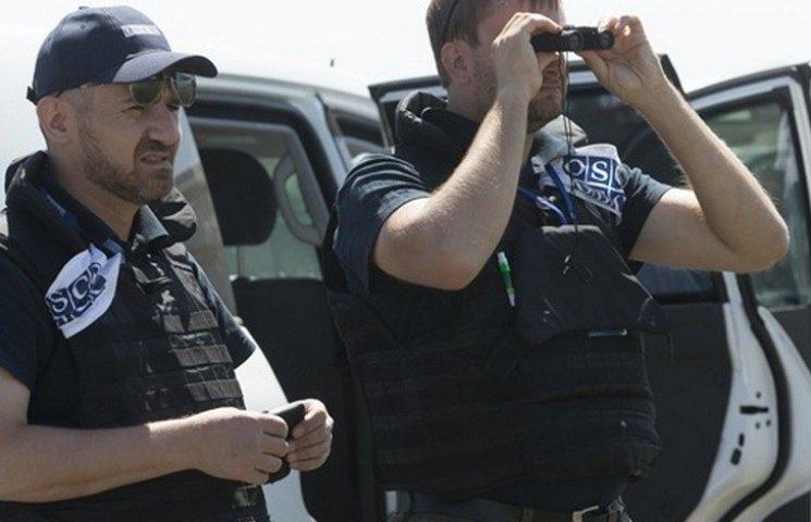 Порошенко повідомив про старт обговорення поліцейської місії ОБСЄ на Донбасі