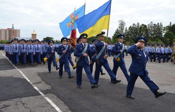 Піввіковий ювілей відзначила авіаційна бригада на Хмельниччині