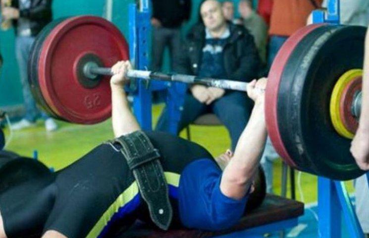Чернівчани привезли медалі чемпіонату світу з пауерліфтингу