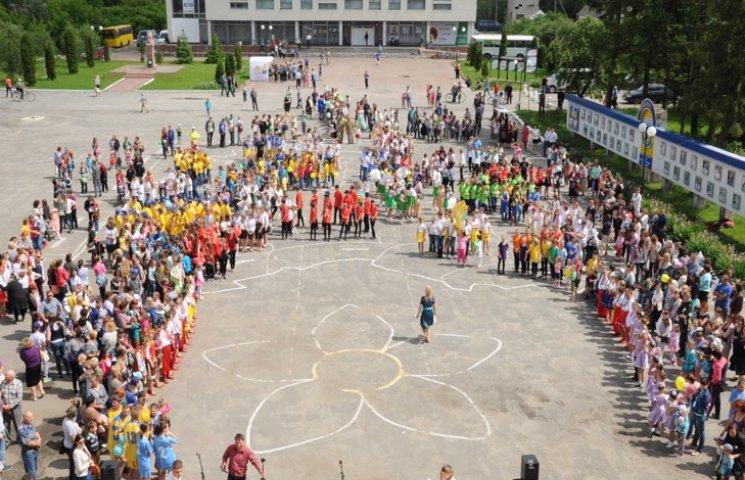 Цілий тиждень дітвора Білогірщини святкувала початок канікул