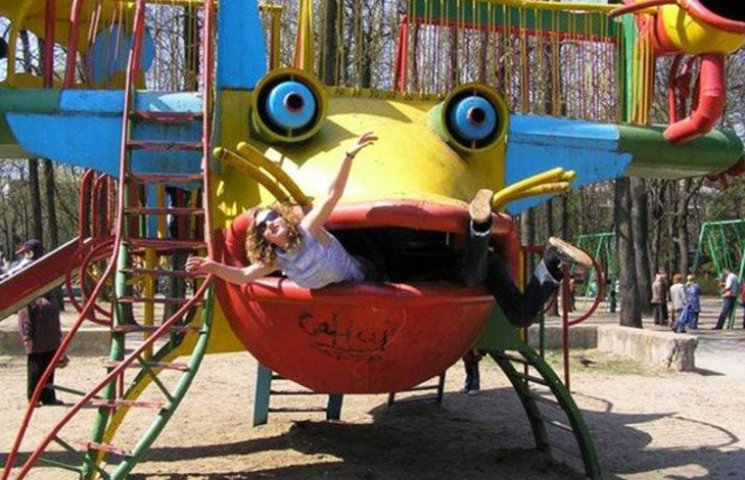 30 детских площадок, от которых становится жутко