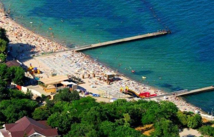 Одеські пляжі заповнюють туристи та містяни