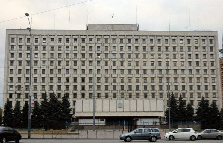 Скільки своїх людей ведуть до ЦВК Порошенко і Яценюк