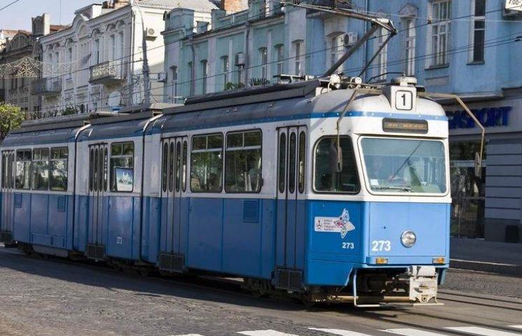 """Вінницькі трамваї """"декламуватимуть"""" сучасну поезію"""