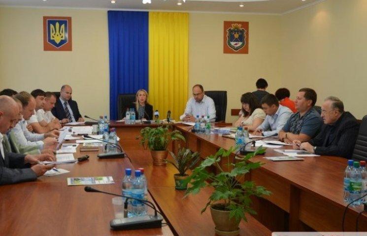 СБУ изъяла документы по скандальному карьеру, из-за которого задержали Романчука