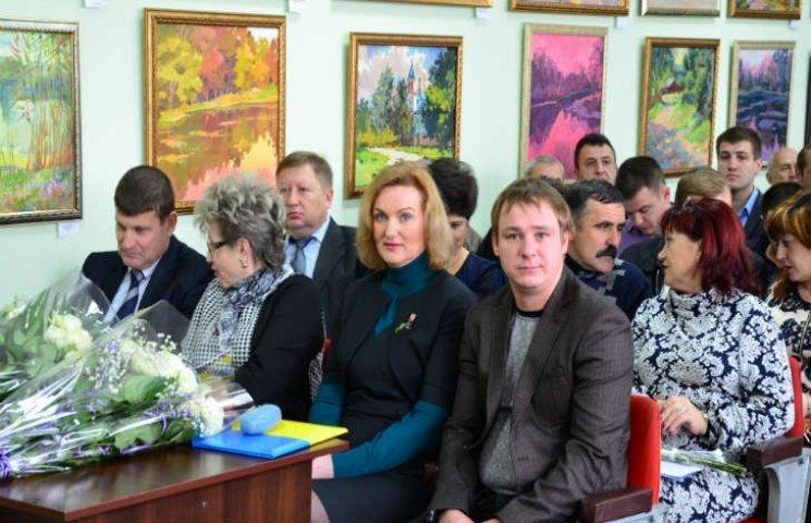 У родича мера з Харківщини, який не схотів гімн України, знайшли нерухомість по всій країні