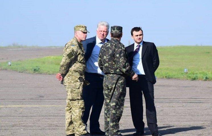 Голова Миколаївської ОДА хоче віддати аеропорт Міністерству оборони