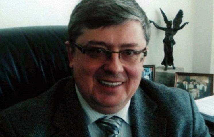 Луценко: Арестован заместитель министра в правительстве Азарова, подельник Курченко Сухомлин