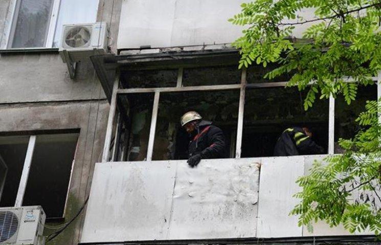У Миколаєві в результаті пожежі на балконі ледь не загинула пенсіонерка