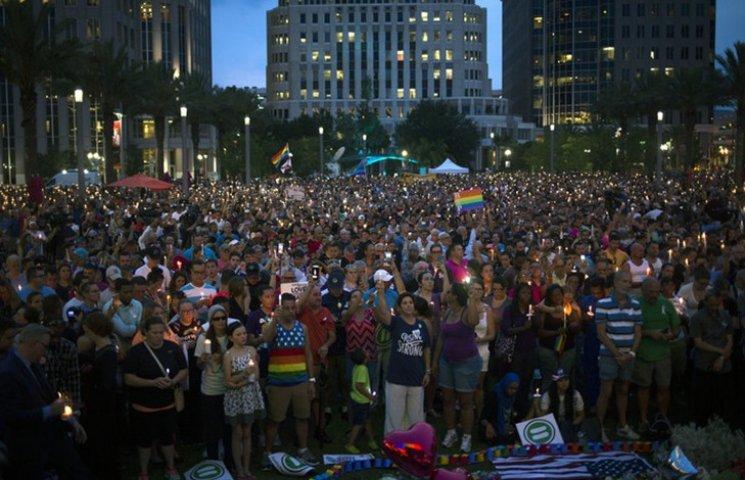 Відео дня: Жалоба в Орландо і страшне побиття англійського фаната