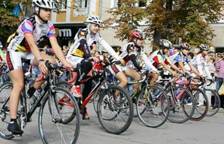 В Бердянськ прибудуть велосипедисти з Маріуполя