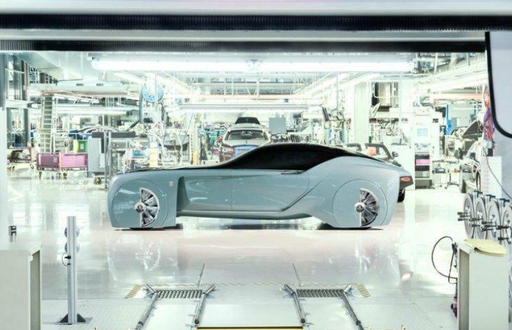 """Rolls-Royce представив перший """"повністю фантастичний"""" електрокар"""