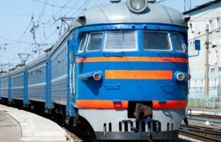 На Миколаївщині невдала спроба застрибнути на потяг закінчилася для чоловіка комою