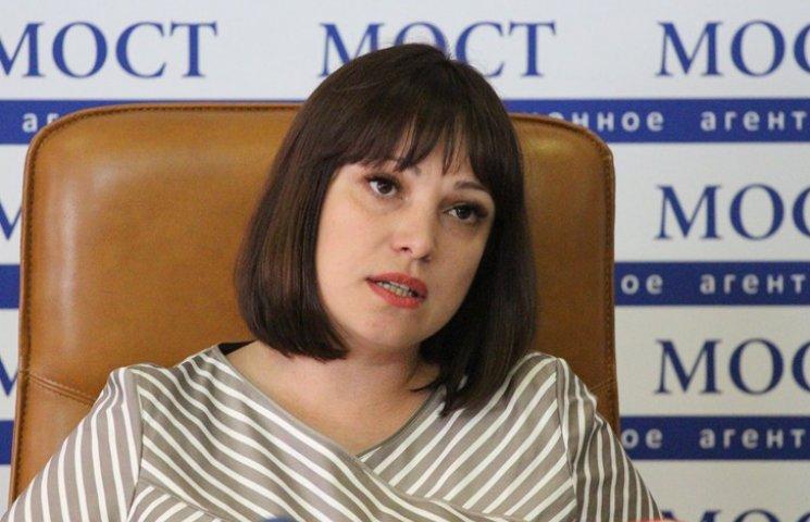 Людина, яка представилася сином Загіда Краснова, намагалася підкупити родичку Тетяни Ричкової
