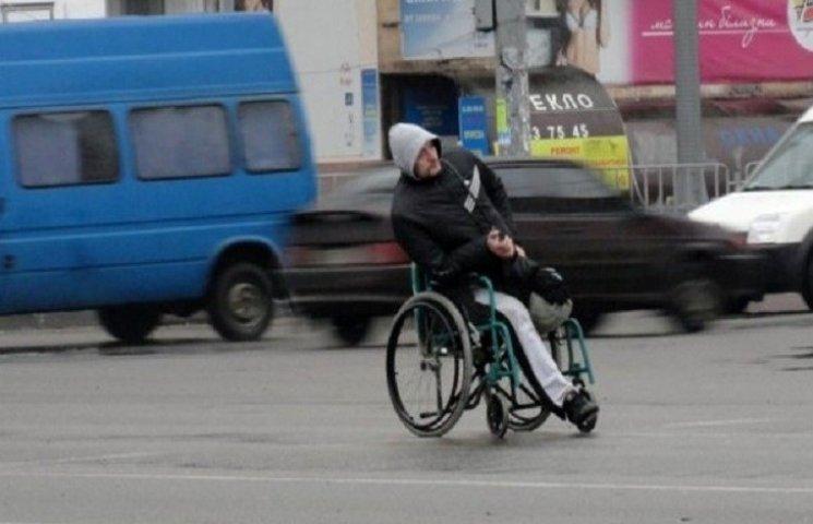 У Хмельницькому молодих водіїв будуть вчити культурі поведінки на дорогах