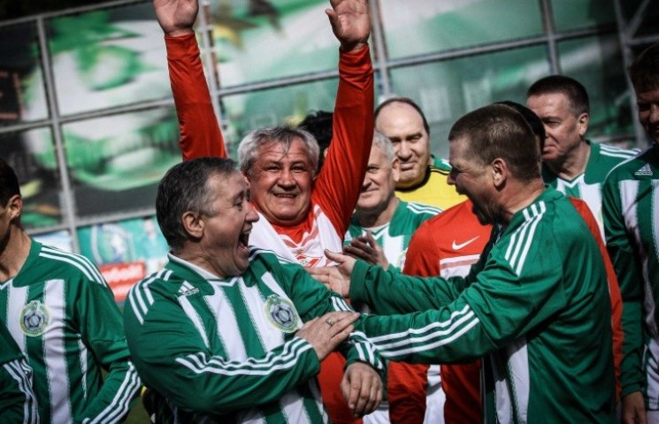 У Миколаєві відбувся матч серед футболістів віком 50+