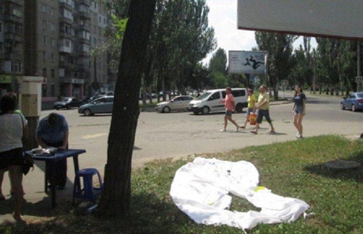 В Николаеве снова разгромили палатки партии соратника Януковича