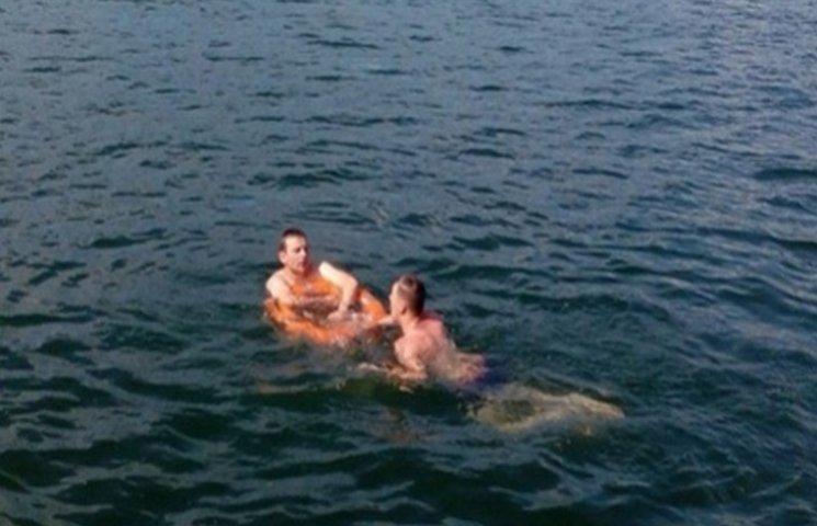 На Дністрі ледь не втопилися двоє відпочивальників
