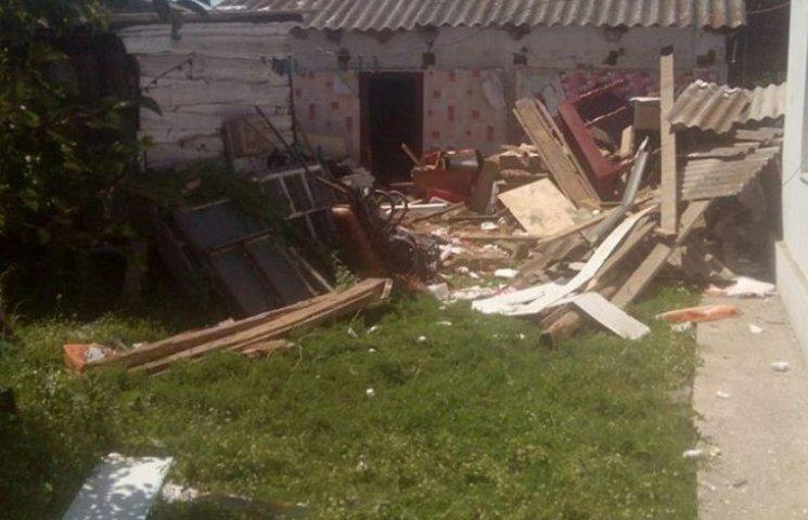 На Миколаївщині через вибух газу похила жінка опинилася під завалом