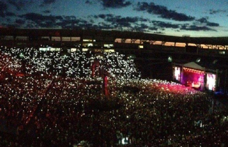 Миколаївці вимагають, щоб на Центральному стадіоні дозволили проводити концерти