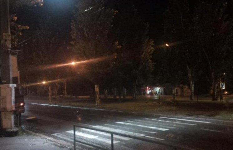 У Миколаєві небезпечний пішохідний перехід освітлюватимуть вночі