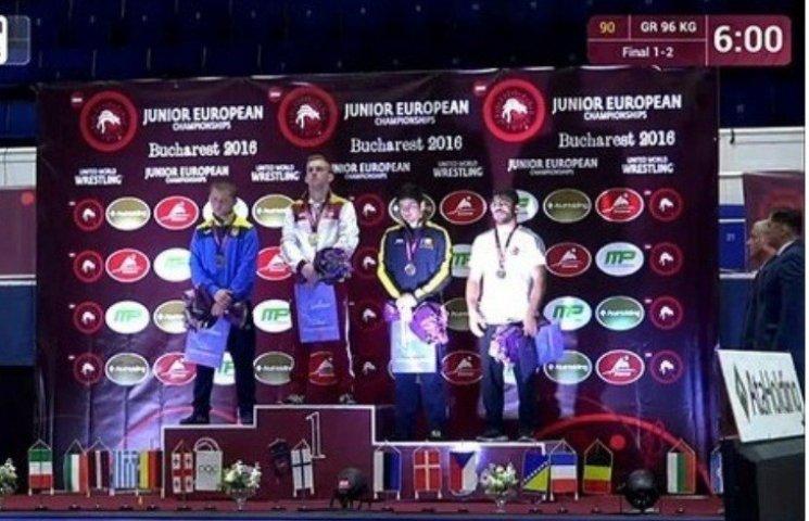 Миколаївці вибороли призові місця на чемпіонаті Європи з греко-римської боротьби