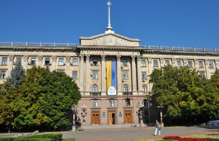 Миколаївці не голосують за петиції: з більше 200 проголосували лише за 24