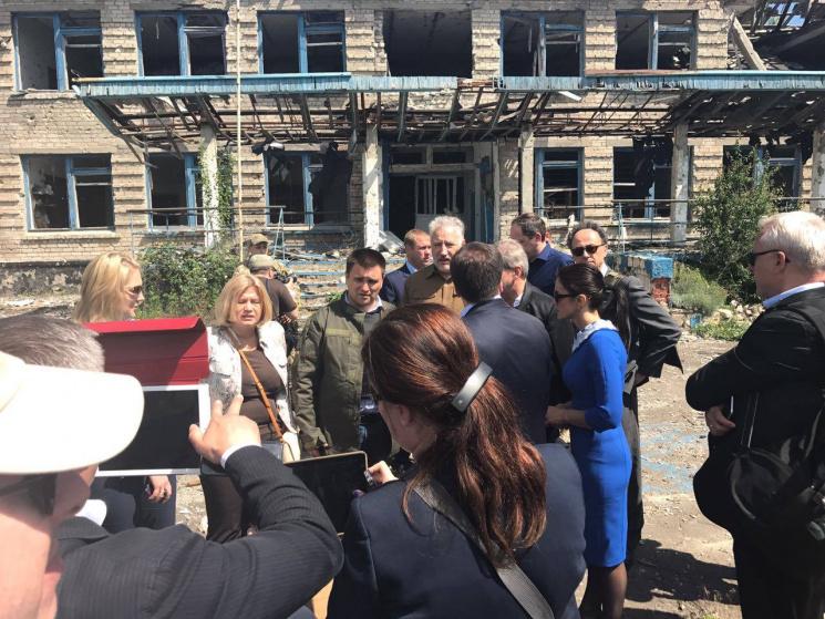 НаДонбасі 8 населених пунктів не підлягають відновленню— Ірина Геращенко