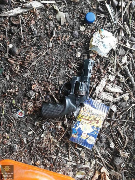 Стрілянина в Харкові: Злочинець поранив у шию свого товариша