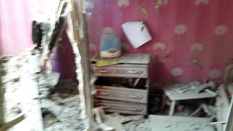 Бойовики обстріляли житлові райони Мар'їнки, пошкоджено 3 будинки