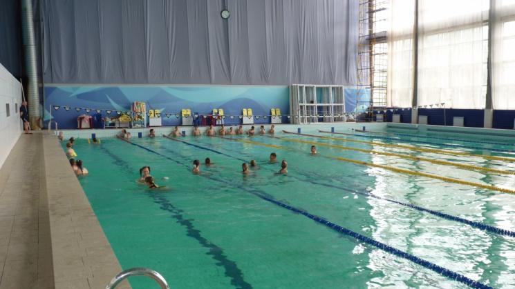 В Олександрії після довгої перерви відновив роботу єдиний басейн